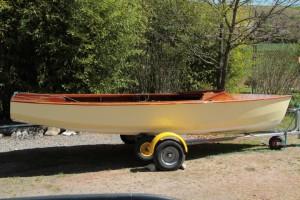 Wayfarer sailing dinghy No 6778